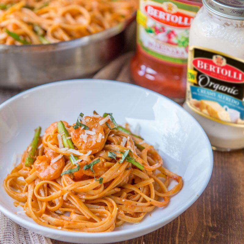 Large Of Shrimp Asparagus Pasta