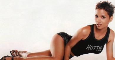 Halle Berry (8)