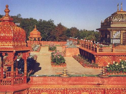 Prabhupada's Palace Rose Garden