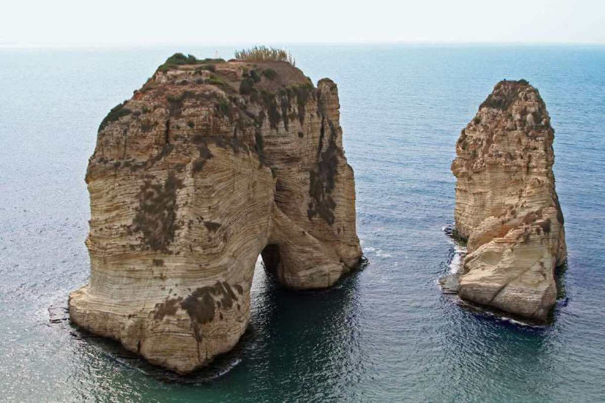 Raouche (Pigeon Rocks), Beirut - by Sean Long - spdl_n1:Flickr