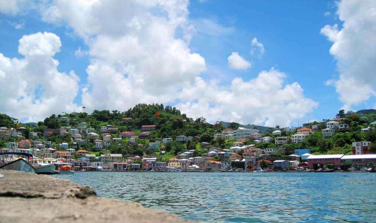 St. George's, Grenada - by Ricardo Ko :Flickr