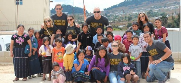 WPBeginner Team Interacts With Children Of Guatemala