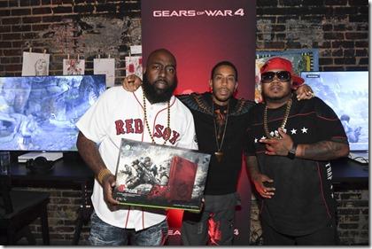 Xbox Gears War 4 Atlanta Event D5pJ4YfUm4wl[1]