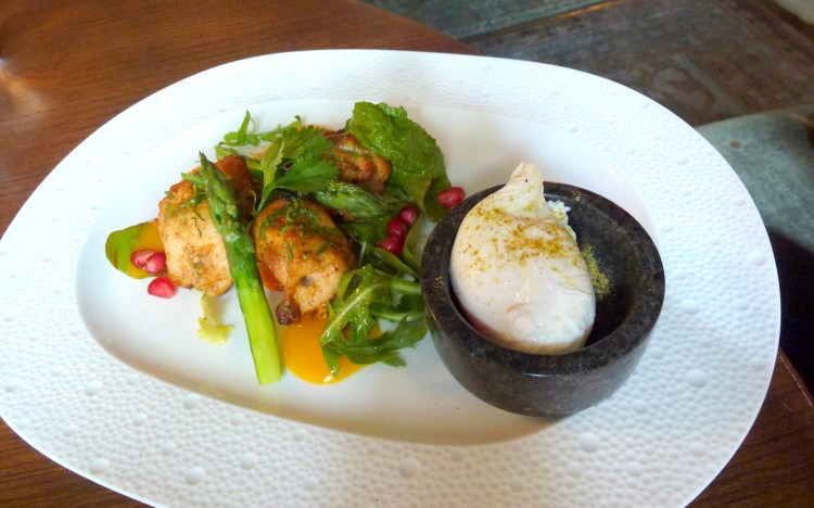 Chicken tikka, grilled asparagus, poached egg scarfes bar