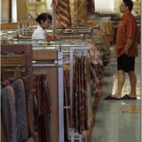 Jakarta: Like Manila but with really good fabric!