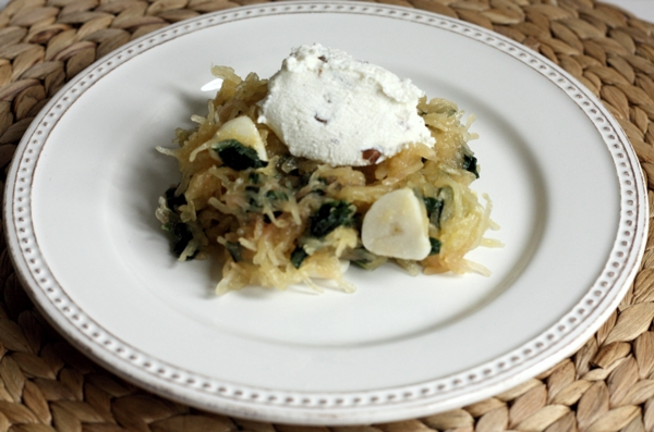Recipe for spaghetti squash with Swiss chard, ricotta cream and walnuts
