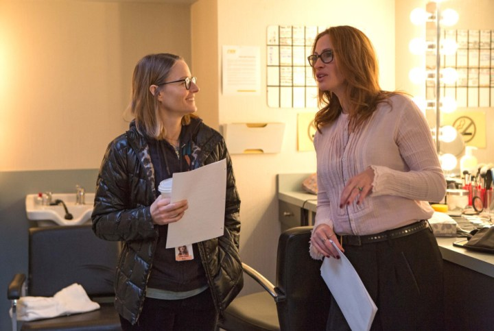 Julia Roberts and Director Jodie Foster (left) on the set of TriStar Pictures' MONEY MONSTER.