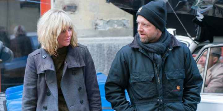 David-Leitch-and-Charlize-Theron-on-the-set-of-Atomic-Blonde