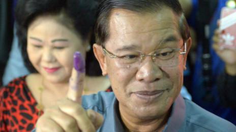 Ông Hun Sen đi bầu cử