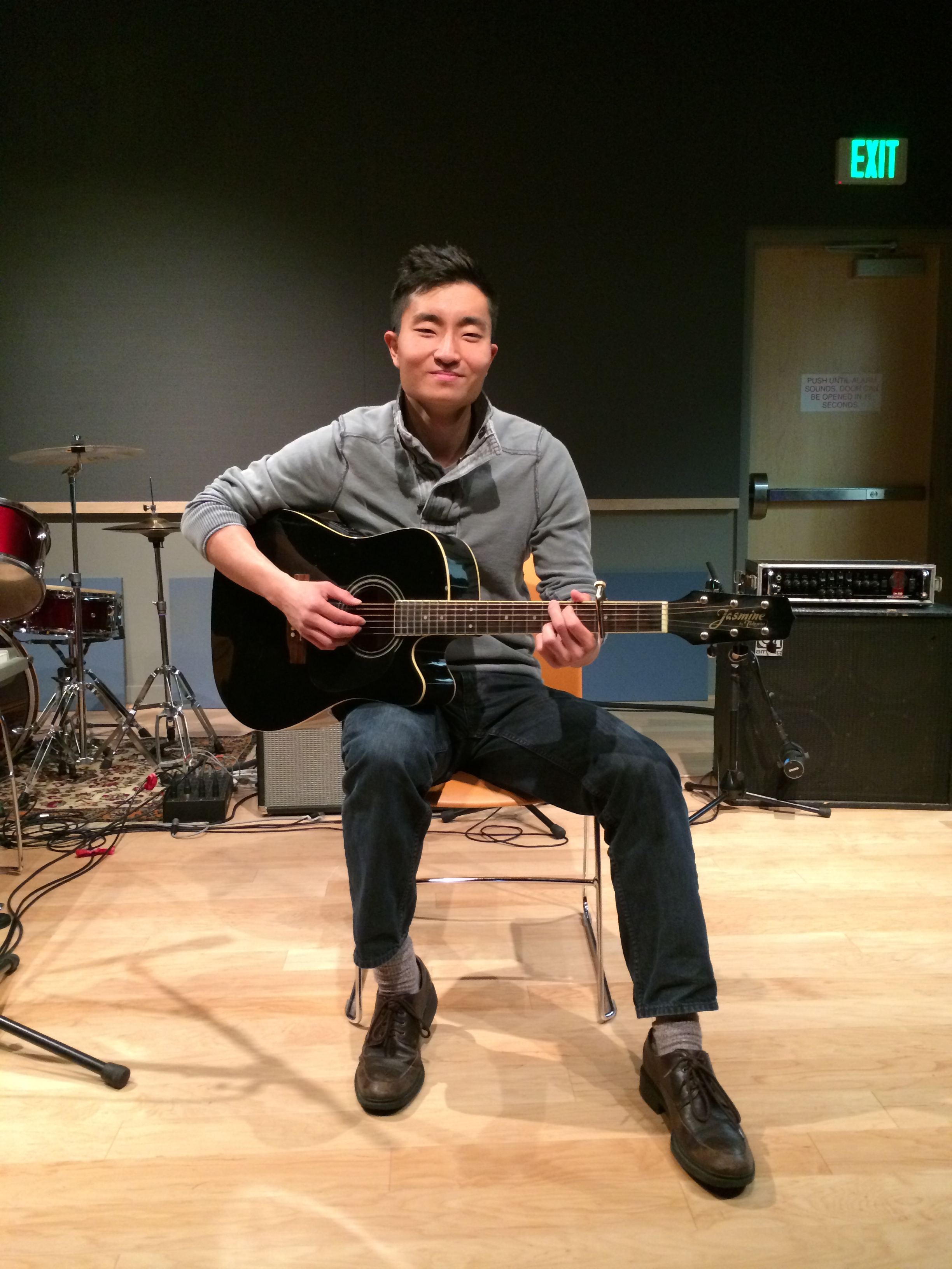Baltimore soul singer/songwriter Jae Jin, live in studio at WTMD.