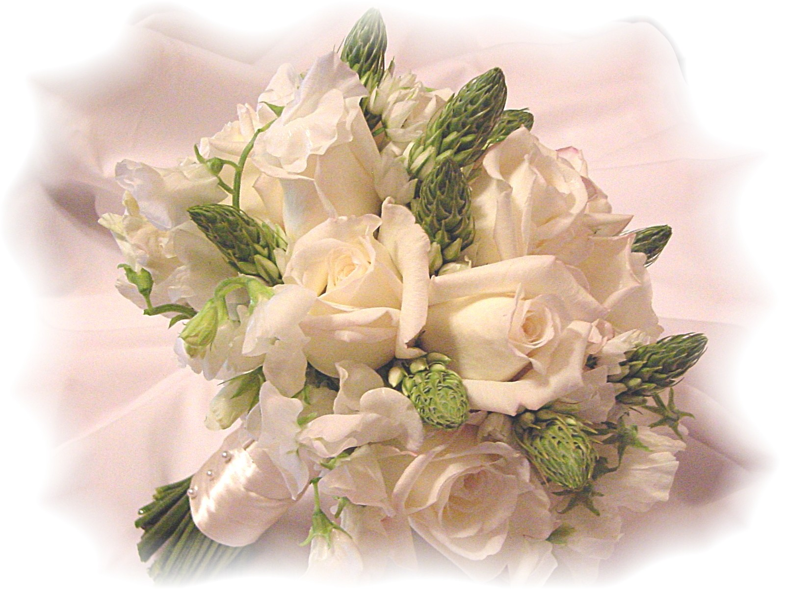 prweb wedding flower arrangements DIY Flower Arrangement
