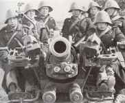 crew of a Danish anti-aircraft gun