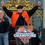 Hacking the Series Broadcast: How Can Fans Listen to Kruk and Kuip While Watching Fox?
