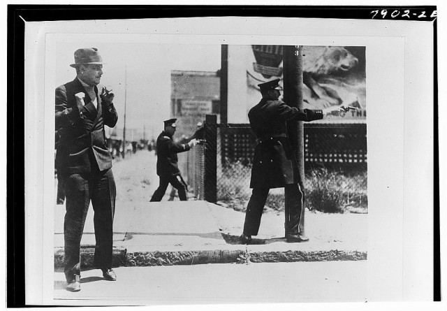 Scene from the 1934 dock strike in San Francisco. (Courtesy Library of Congress)