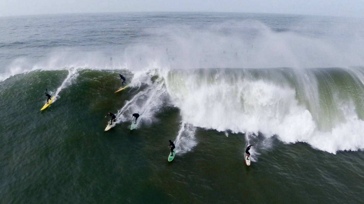 Mavericks Could Be Required to Include Women Surfers Next Year