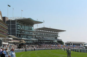 800px-York_Racecourse_-_Stands