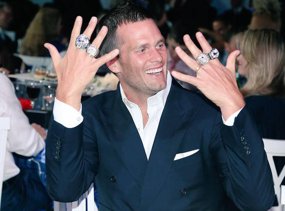 rs_560x415-150615092637-1024-tom-brady-rings.ls.61515