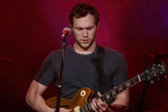 Phillip Phillips_013