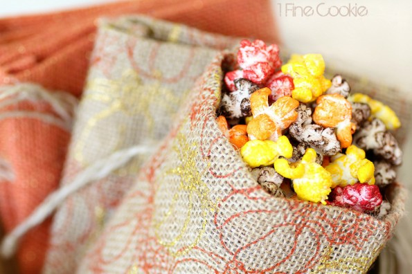 Treat bag with colorful popcorn for Halloween and Thanksgiving by 1 Fine Cookie, Colorful, Autumn, Halloween, Popcorn, 1 Fine Cookie, Bacon Cheddar, Nacho Cheddar, Milk Chocolate, Caramel, Butter, Buffalo, Popcorn, Seasoning, Kernel Seasons, Jasmin Fine, colored, how to, make, dye, without, koolaid, sugar, savory, sweet, pop, orange, red, brown, yellow, powdered, food coloring, treat, party, ideas, table, wedding, favors, thanksgiving, fall, burlap, tan, gold, pumpkins, decor, decoration,
