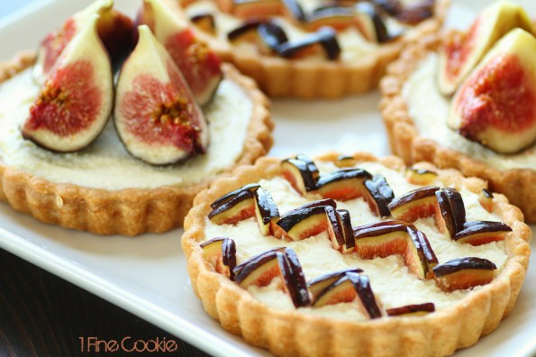 Fig Marscapone Tart recipe for KitchenAid by 1 Fine Cookie, tart, crust, fruit, fresh, creamy, cream, filled, butter, crust, recipe, dessert, chevron,  graphic, preppy, food, idea, print, heavy, light, pink, seed, how, to, make, dough, baked, kitchenaid, small, bake, large, blog, foodie,