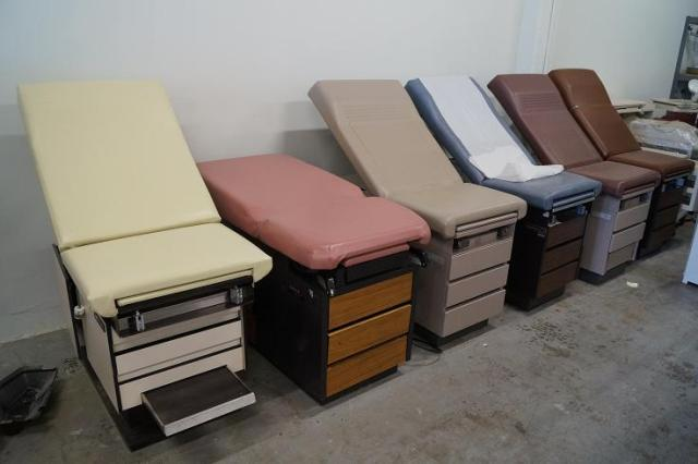 1 Exam tables for sale San Diego