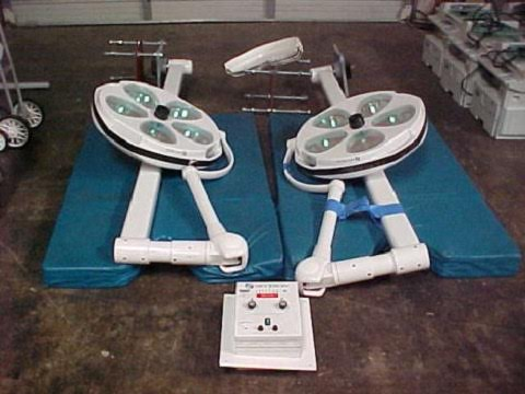 Skytron operating room lights for sale 1