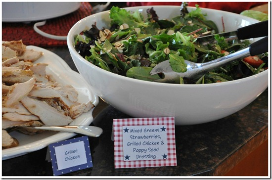 Mixed Green, Strawberries, Grilled Chicken and Poppy Seed Dressing