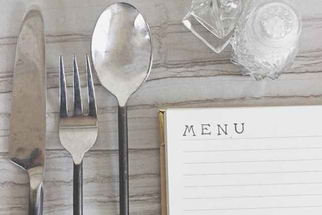 Simply Solving the What's For Dinner Dilemma: A Meal Plan