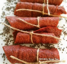 strawberry-chia-rollup