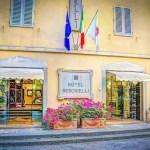 fachada hotel italia