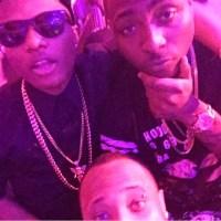 WIZKID & DAVIDO: Superstars Spotted Chilling Together At D'banj's Concert...Pose For Selfie...PHOTO