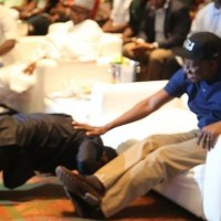 Sean Tizzle Is Such A Respectful Artist...Singer Prostrates Before President Jonathan - PHOTO!