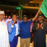 Ahh Shoki! President Jonathan Shows Off His Own 'SHOKI' Moves As Orezi Performed In Lagos At Youth Event - PHOTOS!