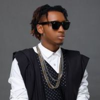 Yung6ix Mocks Davido's Label Mate, B-Red; Names His Parrot After Him - WATCH!