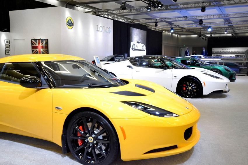 Lotus LA Auto 2013 (1)