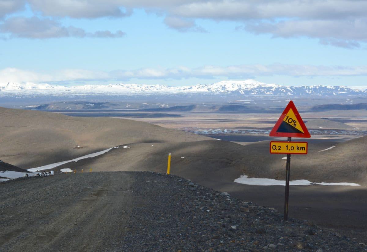 week 22, Ad Walrave, IJsland, gravelweg