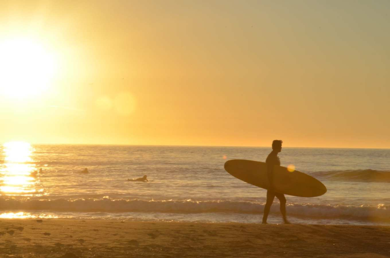Surfers at Ocean Beach. Photo: Shannon McInerney, 49Miles.com.