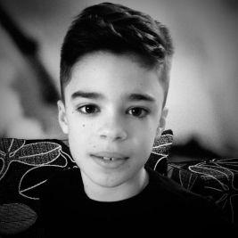 RECORDURI-UNIVERSITARE-din-Europa-doborate-de-un-copil-sibian-de-12-ani-Vezi-povestea-emotionanta-a-lui-PETRU2