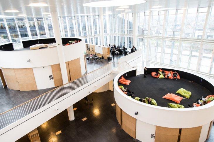 restad-gymnasium-copenhagen-denmark-the-school-in-a-cube