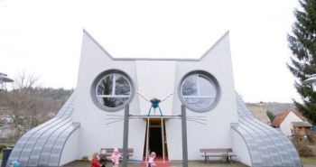 o-CATSHAPED-KINDERGARTEN-570