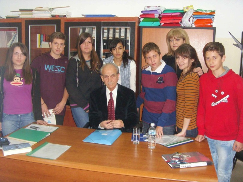 tsolakis2011-01