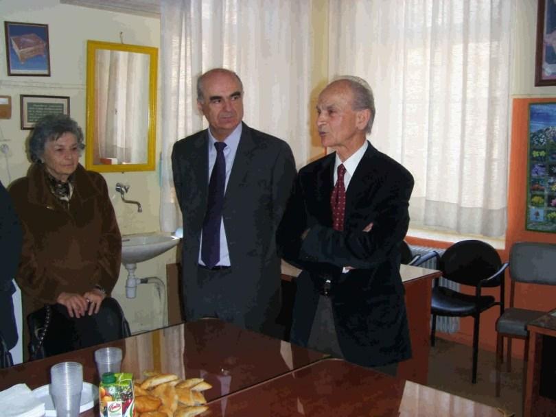 tsolakis2011-04