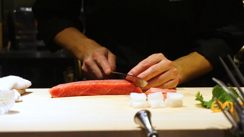 2 Sashimi Slicing