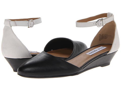 Steve Madden - Inaa (Black/White) Women's 1-2 inch heel Shoes