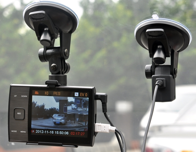 HD 720p Dual Camera Car DVR - 3.5 Inch Display