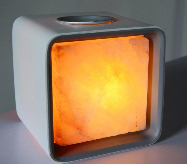 Salt Lamp Keeps Leaking Water : Ascent Himalayan Salt Lamp Natural Crystal Air Purifier and Ionizer