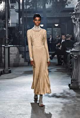 Chanel_runway_fashion_magazine_social (28)
