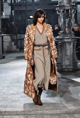 Chanel_runway_fashion_magazine_social (33)