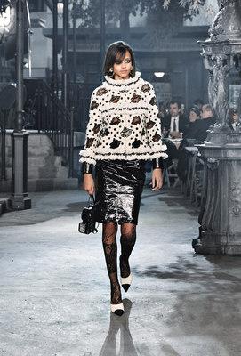 Chanel_runway_fashion_magazine_social (9)