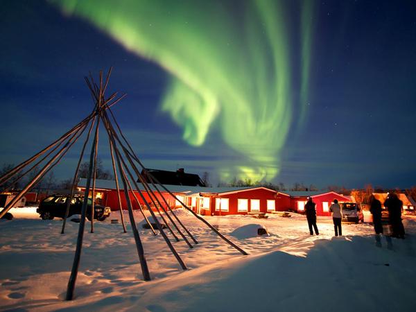 aurora-borealis-sweden_